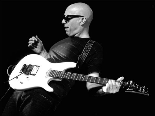 Joe Satriani- Attack